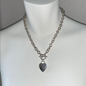 """18""""SILVER TONE HEART & TOGGLE NECKLACE NWOT"""